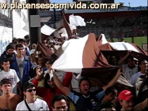 Platense entrando a defensores - La Banda Más Fiel - Atlético Platense