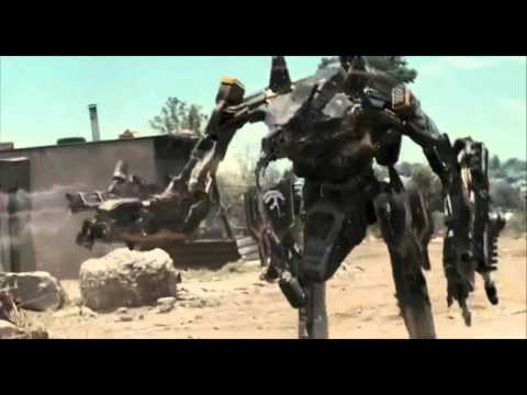 District 9/chappie: Mini Mecha Vs Moose
