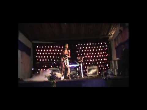 Cant Carla Monteiro Louvando em Porto Grande Carapajó - Pa