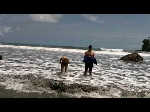 Costa Rica La Macha beach Dan Bradford toe stub