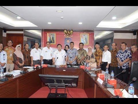 Pemaparan dari Gubernur Sumatera Barat pada salah satu Innovative Goverment Award Tahun 2019