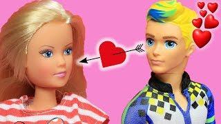 Video Barbie ve Ailesi Bölüm 160   Can Aşık Oluyor - Çizgi film tadında Barbie Oyunları MP3, 3GP, MP4, WEBM, AVI, FLV Desember 2017