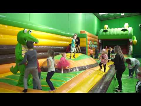 Crocs Playcentre & Muffin Break Tour