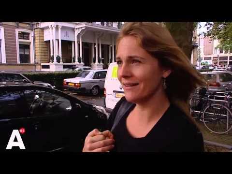 Parkeerbeheerder en politie weigeren auto wegsleep bij Amstelhotel