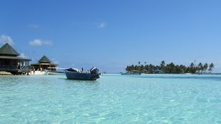 San Andres is a beautiful island in the Caribbean Sea known as having seven colors San Andres has a beautiful white sand beaches and crystalline waters. una ...