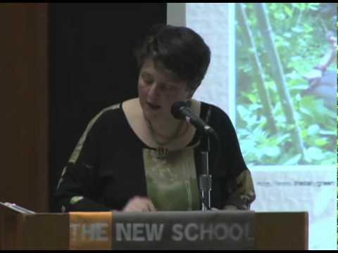 Der stellvertretende US Secretary of Agriculture Kathleen Merrigan spricht bei der New School
