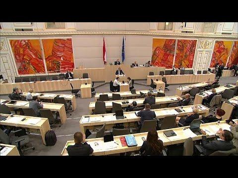 Österreich: Die  Betreuung von Flüchtlingen wird vers ...