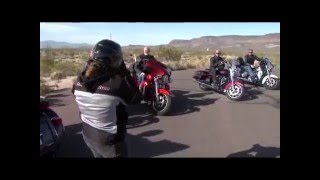 8. Harley-Davidson Tri-Glide Ultra Classic 2014 (Vídeo Oficial / Official Video)