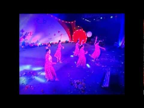IBM Confluence Bollywood Dance Performance (видео)
