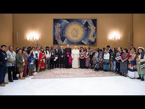 Με Ινδιάνους συναντήθηκε ο Πάπας Φραγκίσκος