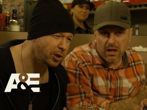 Donnie Loves Jenny: Bonus Scene - Cow Tipping in Oologah (Season 2, Episode 4) | A&E