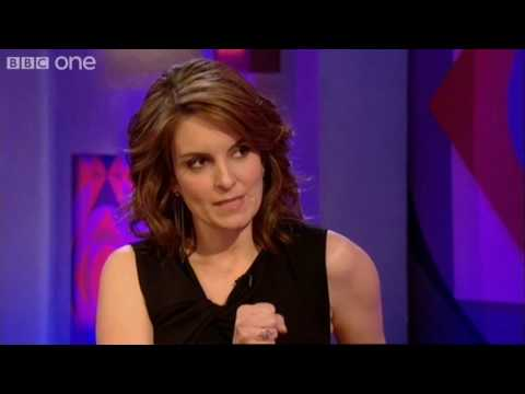Tina Fey on Alec Baldwin and 30 Rock - Friday Night with Jonathan Ross - BBC One