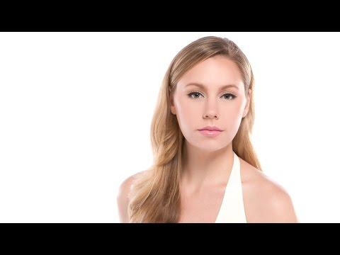 10 Minute Cat Eye: A Makeup Tutorial Video with Robert Jones