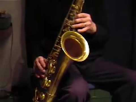 sax alto impro - Ian Boyter of Swing Supreme, Edinburgh, improvises over a ii-V-I sequence. (you can get the backing track from Watch & Learn Inc.) The sax is a 1949 Selmer S...