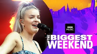 Video Anne-Marie - 2002 (The Biggest Weekend) MP3, 3GP, MP4, WEBM, AVI, FLV Juni 2018