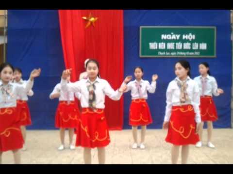 Văn nghệ 26-3-2012 THCS Thạch Lạc