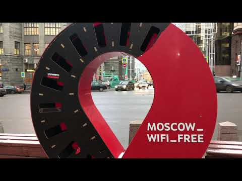 Walking Around Moscow In Russia (видео)