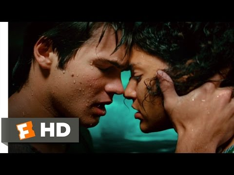 Piranha 3D (9/9) Movie CLIP - Hold On Tight (2010) HD