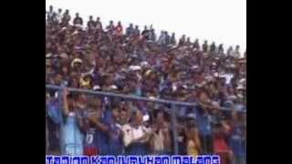 Video Aksi Aremania Di Stadion Kanjuruhan MP3, 3GP, MP4, WEBM, AVI, FLV November 2018
