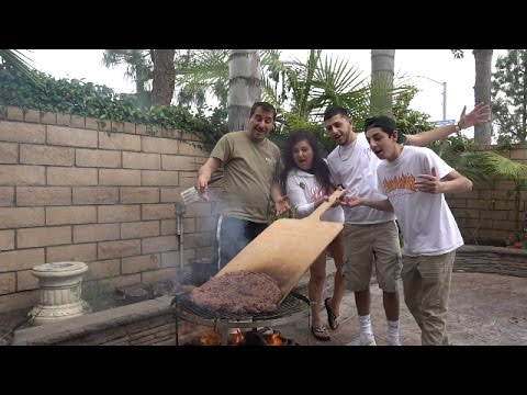 COOKING WORLDS LARGEST BURGER !! (ft. FAZE RUG AND BRAWADIS ) | MAMA RUG AND PAPA RUG