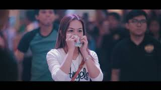 Video Wedding Proposal at Ayala Malls Legazpi MP3, 3GP, MP4, WEBM, AVI, FLV Juni 2018