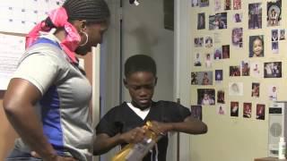 Video Une maman fait une blague à son fils pour son anniversaire MP3, 3GP, MP4, WEBM, AVI, FLV Oktober 2017