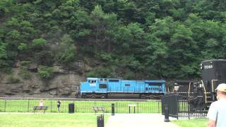 Altoona (PA) United States  city photos gallery : USA - Diesel 3a - Freight on the Horseshoe Curve, Altoona PA