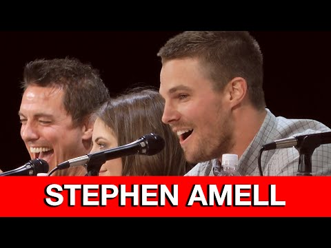 Stephen - Stephen Amell reads the Arrow intro live at San Diego Comic Con by fan request! Comic Book Movie Interviews & Videos ▻ http://bit.ly/ComicBookMovieVideos TV & Movie Interviews, Reviews &...