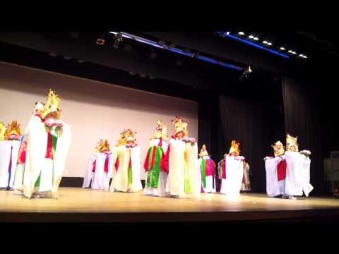 2013학년 수료식 - 불교무용(공양무 나비춤)