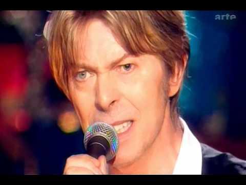 Tekst piosenki David Bowie - Slip Away po polsku