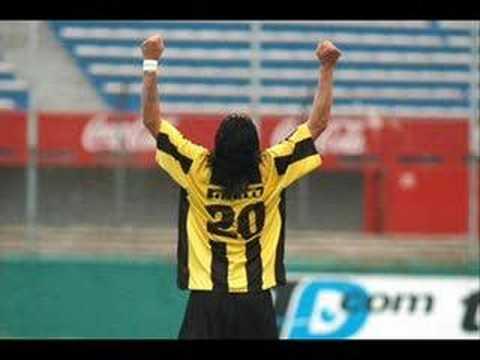 Homenaje a Carlos Bueno, ídolo máximo en el Peñarol