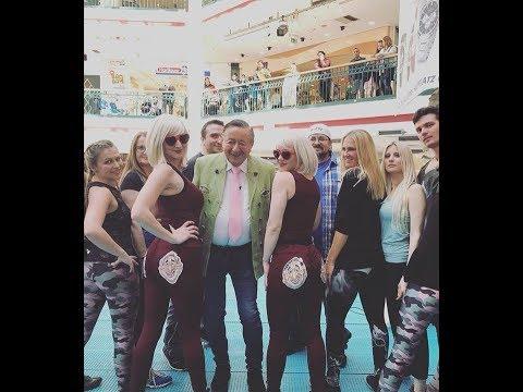Lugner Promovideo Twerking Weltrekord Versuch, Lugner City
