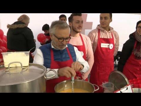 Πέντε σεφ κάτοχοι αστεριών Michelin μαγείρεψαν για τους άστεγους …
