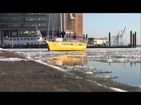 Eisige Elbe - Überführung der ALDEBARAN von Glückstadt nach  ...