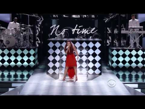 Demi Lovato - Give Your Heart A Break (live At People's Choice Awards 2012)