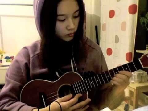 Concert Ukulele - I'm beginner, and this is my first video. I practiced just 3 days after bought ukulele. So, it's not perfect...T-T You can download the tab of this song here...