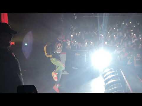 Lil Uzi Vert - Of Course We Ghetto Flowers Ft. Playboi Carti ( LIVE ) 2018