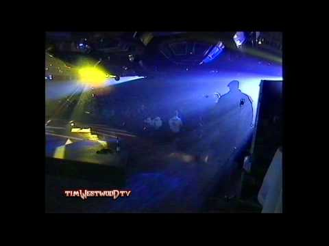 Westwood – The Notorious B.I.G. & Puff Daddy rare footage live in London 1995