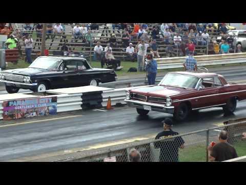 409 Chevy 4-speed vs. 421 Pontiac 3-deuces