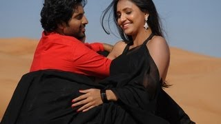 Telugu Anchor Sarayu Hot In Red