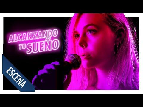 Alcanzando tu sueño - ELLE FANNING CANTA DANCING ON MY OWN?>