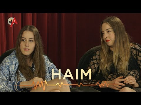 Watch HAIM get awful advice from SNL's Vanessa Bayer