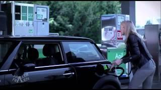 Musi być równa kwota! Czyli jak blondynka tankuje samochód!