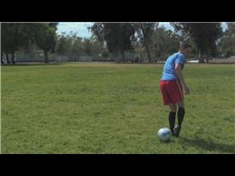 Soccer Moves: How to Do the Cruyff Move and the Maradona Move