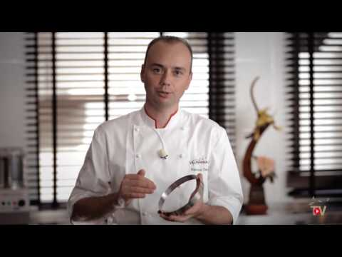 The Essentials - Techniques by l'Ecole Valrhona - Apricot Dulcey tart