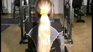 mehr auf http://www.bodyplanet.de Tamer Galal und seine Frau zeigen ein Fitness und Muskelaufbau Training speziell für...