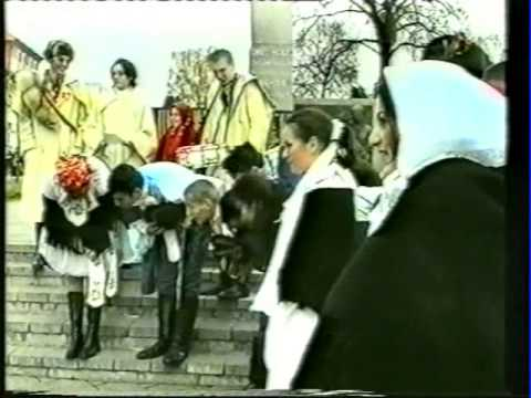 "2001 - Kultúrne vystúpenie ""Slnovrat"""