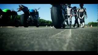 8. 2012 and 2013 BMW S1000R vs ZX10R and MV AGUSTA F4 SUPER STUNT TEST whatch in HD