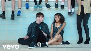 Watch: AlunaGeorge – You Know You Like It (video)