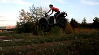 9. Kymco MXU 450i 4x4 jump
